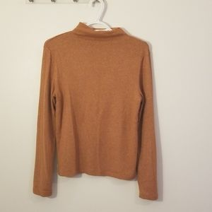 Oak and Fort Long-sleeved Top